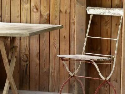 贵州暴雨家具厂被淹老板哽咽,家具被水泡后还可以补救吗